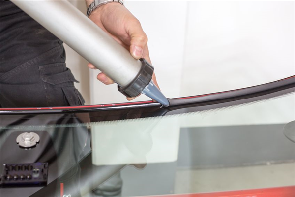 4 Auto Glass Services We Provide