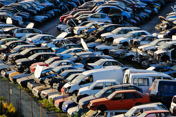 5 Tips for Selling Your Vehicle at a Salvage Yard
