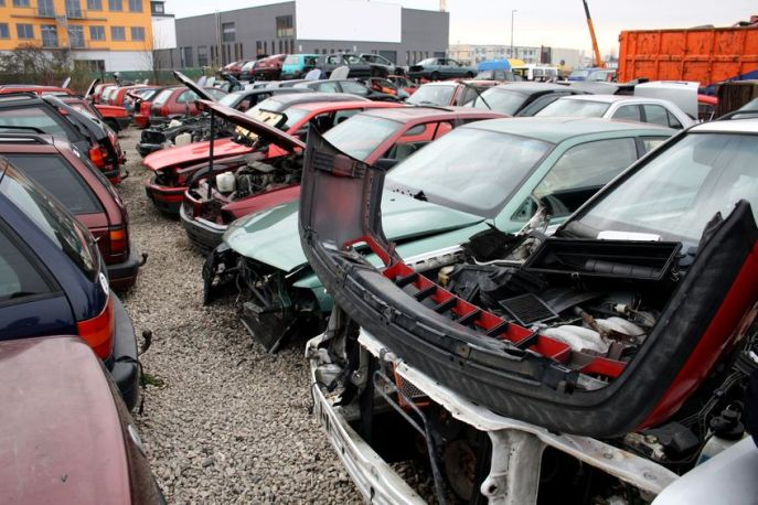 What You Should Know Before Visiting a Salvage Yard