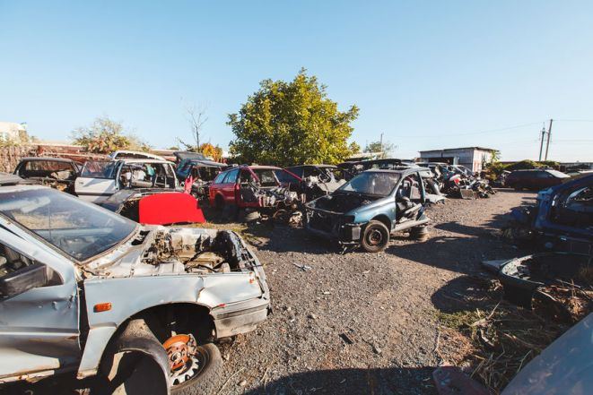 Safety Tips For Vising a Salvage Yard