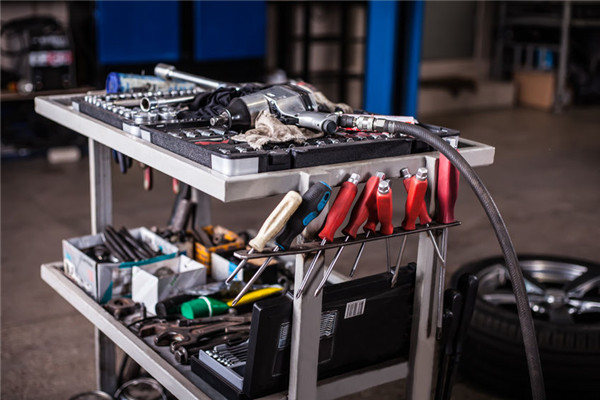 The 7 Most Important Tools in Your Automotive Toolbox