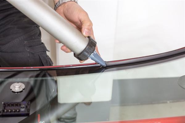 4 Auto Glass Services We Provide
