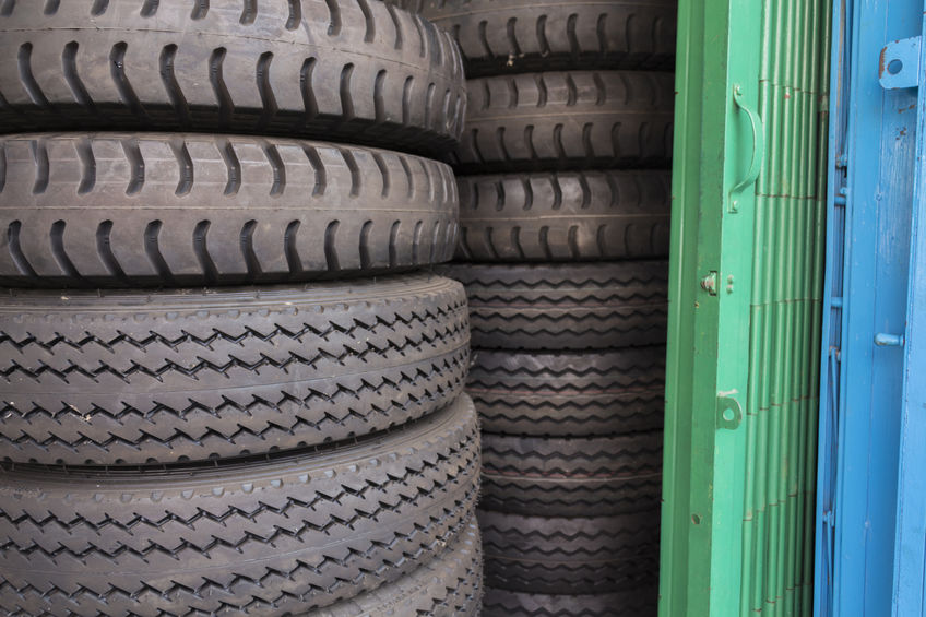 The Perks Of Buying Used Tires from a Junkyard