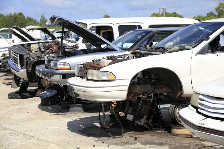 How to Know Whether to Fix or Junk an Old Car